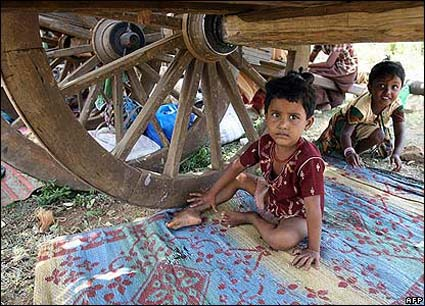 children-under-the-wheel.jpg