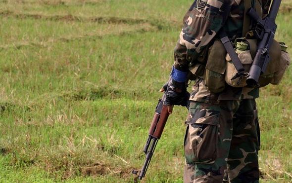 A Sri Lankan Commando soldier keeps watc