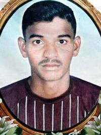 The burial of Antony Fernando Warnakulasuriya, a fisherman killed by police on February 16, took place at Egodawatte cemetery in Chilaw on Saturday.