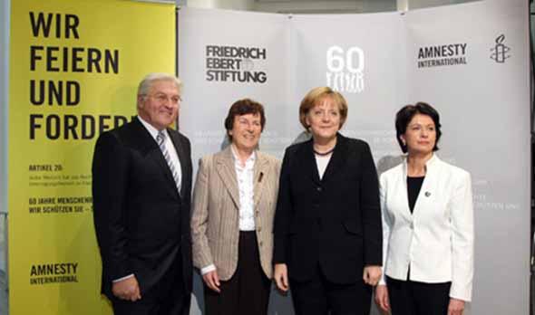(Frank-Walter Steinmeier Anke Fuchs, Angela Merkel, und Barbara Lochbihler)