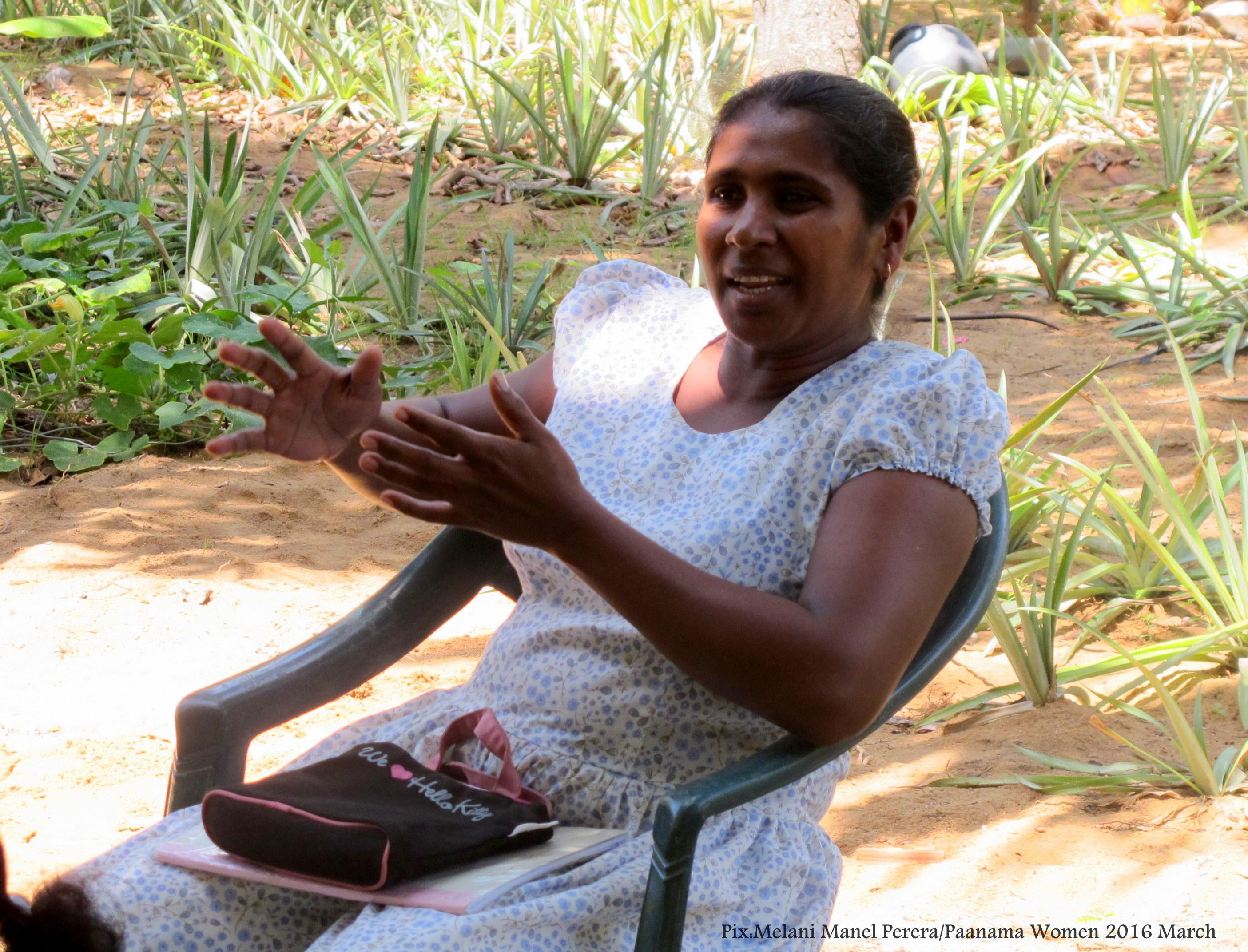 Paanama Women iv